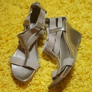 Kenneth Cole Reaction Bronze Wedge